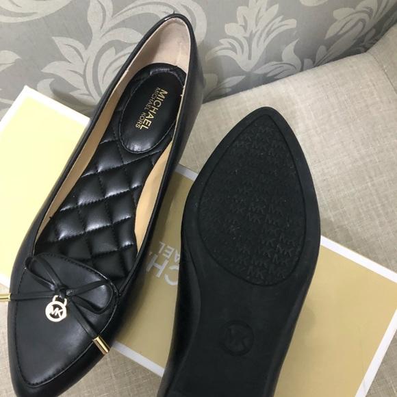 Michael Kors Nancy Flats Leather